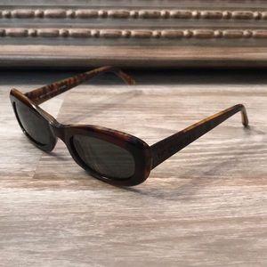 Authentic Fendi tortoise shell sunglasses